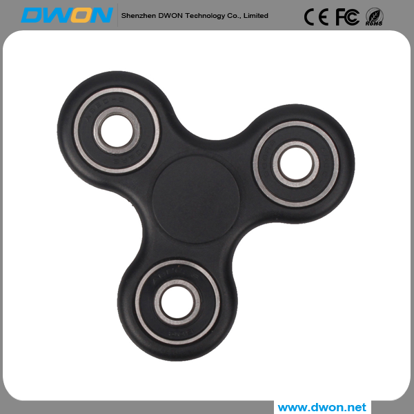 Hot Selling Tri-Spinner Fidget Toy Plastic EDC bearing finger spinner For Autism and ADHD
