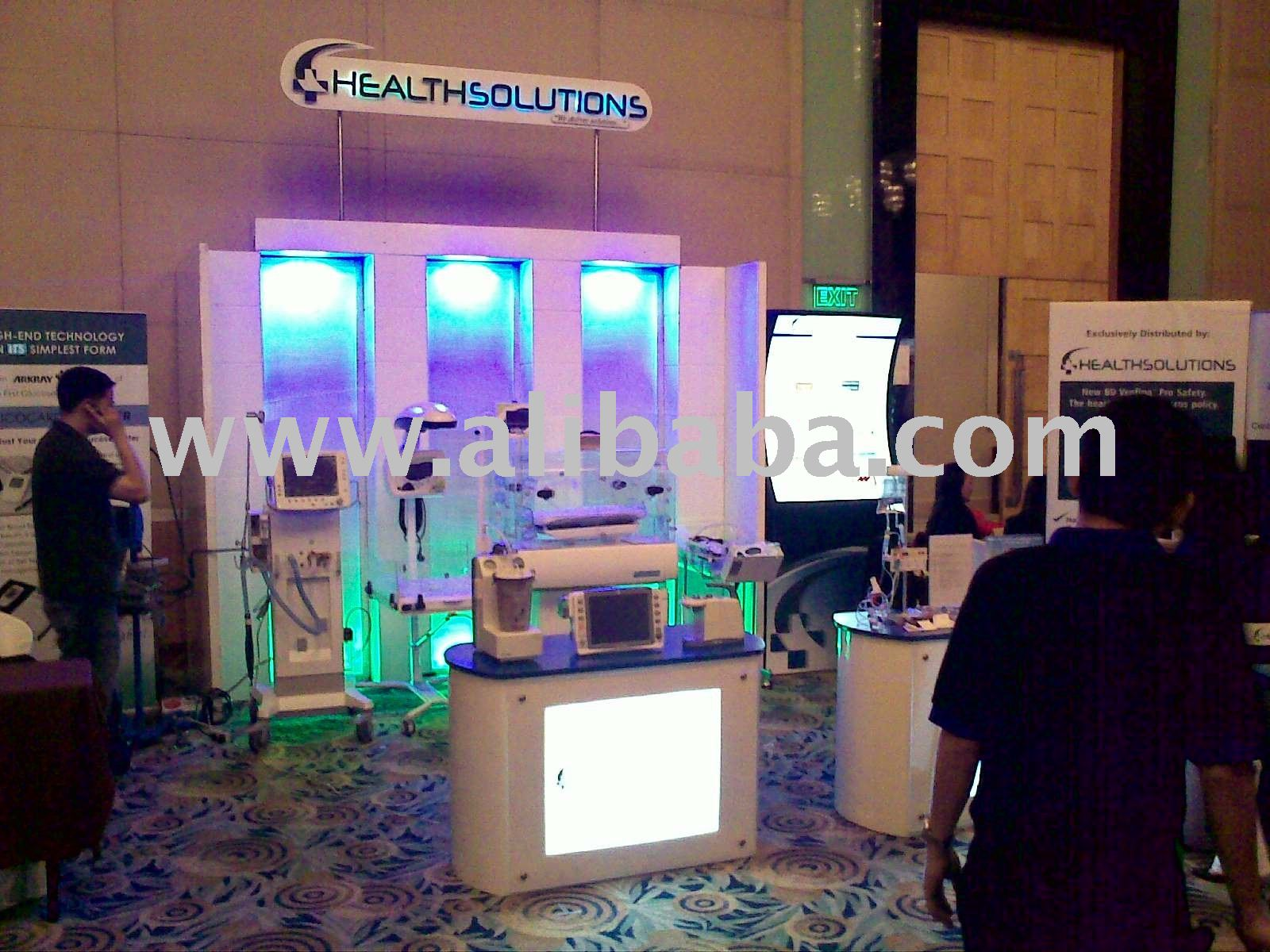 affordable custom-built exhibit booths