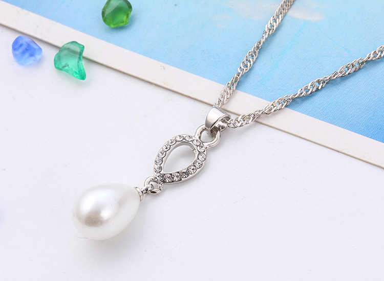 Wholesale Fashion Droplets Pearl Necklace Set Jewelry