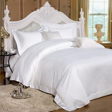Blend Fabric 52% Cotton 48% Polyester For Hotel Bed Sheets In Roll