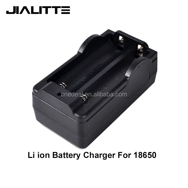 Jialitte <strong>C002</strong> AC100V - 240V American plug rechargeable lithium battery 18650 battery charger 3.7V lithium ion charger