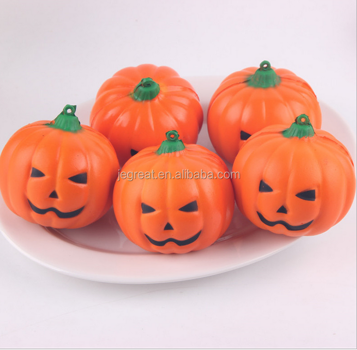 2017 hot selling Halloween gift Pumpkin Jack O Lantern jumbo scented squishy slow rising anti Stress Relief Toy Charms