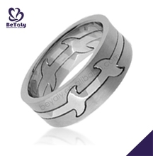 Christmas gift custom wholesale stainless steel wedding ring his and hers sets
