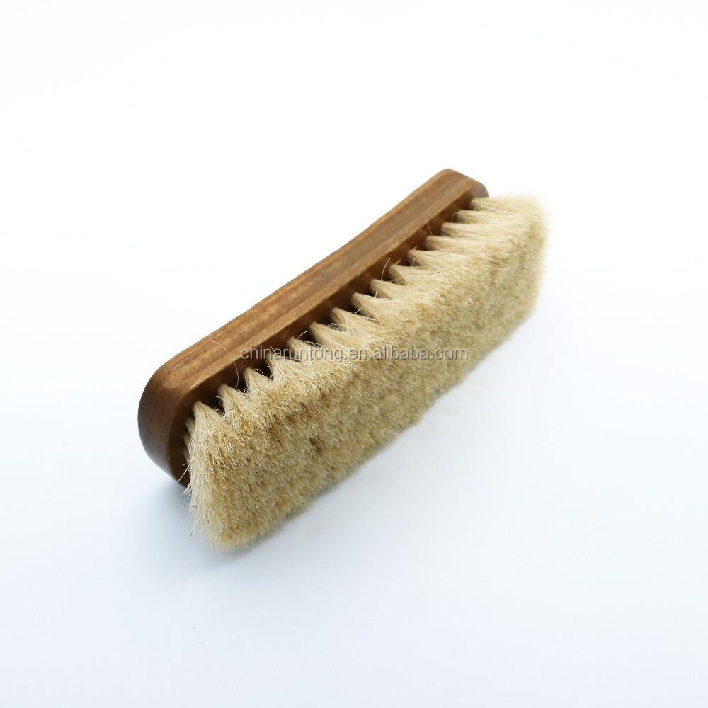 2016 Best selling wood animal shoe brush