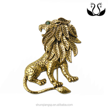 2015 Top Selling Cool Metal Lion Shape Brooch For Man Suits