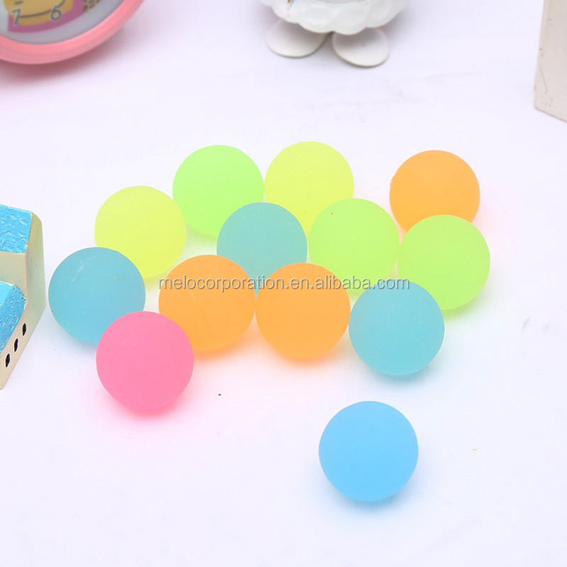 glow in dark rubber bouncing ball