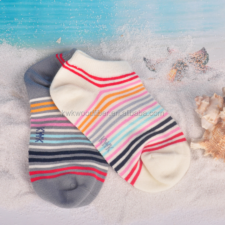lovely cute style baby socks with natural wood fibre