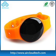 Adjustable Silicon STrap Bluetooth 4.0 Wristband Pedometer With Heart Rate Monitor