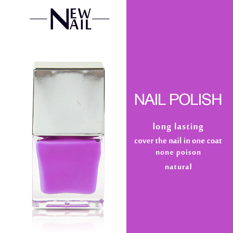 pretty women polished nails natural nail polish