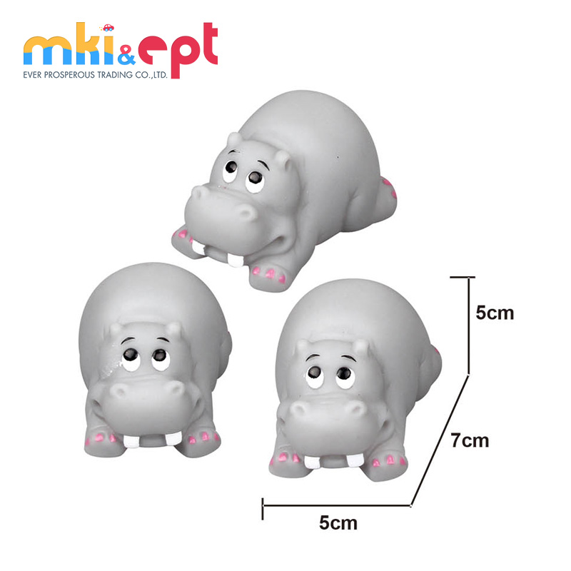 Amazon Hot Sale Rhino family animal shaped custom PVC vinyl baths toy with BB sound