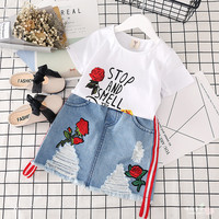 Hu Sunshine 2-7 years 2017 New Girls 2Pcs Set Summer Embroidery Roses Tops + Holes Skirts Cotton Kids Girls Suits free shipping
