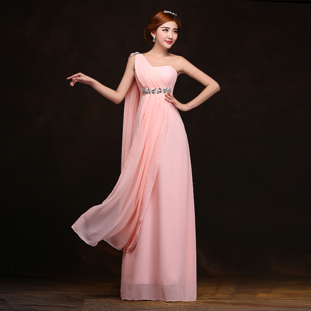 woman's long one-shoulder chiffon dress bridesmaid dress 2018