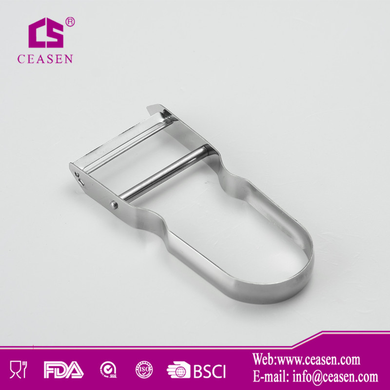 UP038 2014 new item hot sale good quality kitchen tools metal stainless steel vegetable peeler and shredder