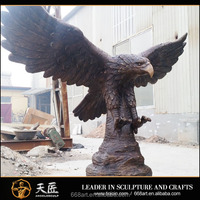 Large outdoor metal bronze eagle statue sculpture for decoration