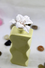 Aroma Rose Ceramic Perfume Stopper for Solid Air Freshener