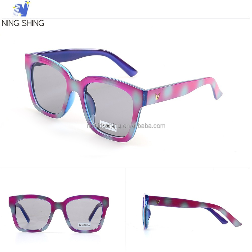 Wholesale Fashionable Customized Cheap Sunglasses