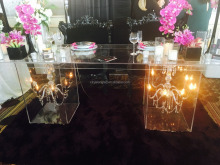 Transparent Acrylic Wedding Bridal Table With Inside Flowers Acrylic Event Party Table