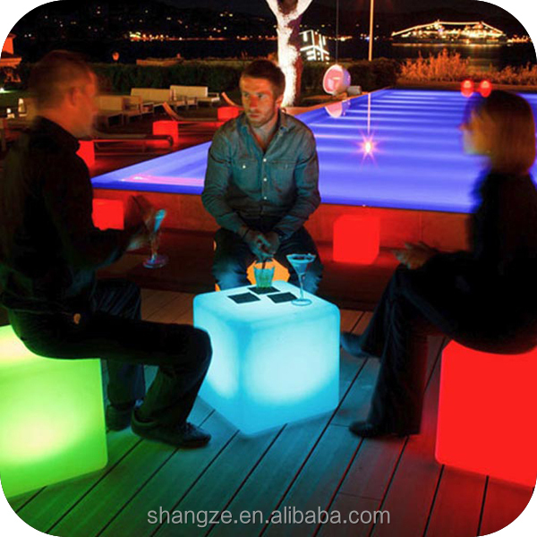 Rechargeable waterproof LED light cube furniture / color change LED glowing cubes