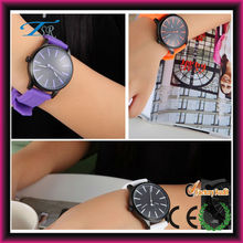 2017 new fashion watch made in China smart silicon watch steel case 3 atm water resistant woman watch