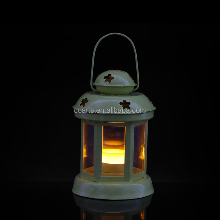 2017 New style metal candle lanterns white candle holders