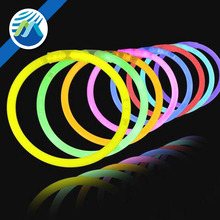 Wholesale Light-up Glow Stick Bracelets Party Favors Toys