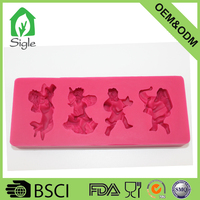 New discount 4 people dacing shape cheap silicone 3D fondant molds for sugar candy