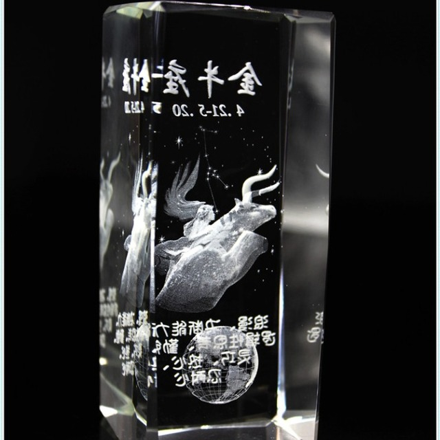 Promotional 3D Laser Engraving Glass Crystal Cubes For Sports Souvenirs
