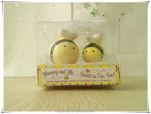 kitchen direction bee wholesale Salt and pepper shakers