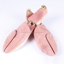 Customer logo red cedar shoe tree Walmart Factory Audit American wear comfortable wood shoe stretcher cedar wood shoe trees