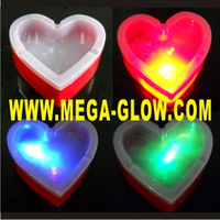2014 hot led plastic fireproof round color changing heart shape Light Up Bar Ashtray