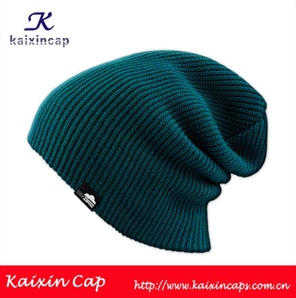 high quality 2015 wholesale custom hot sale design your own logo with woven label custom slouch knit beanie