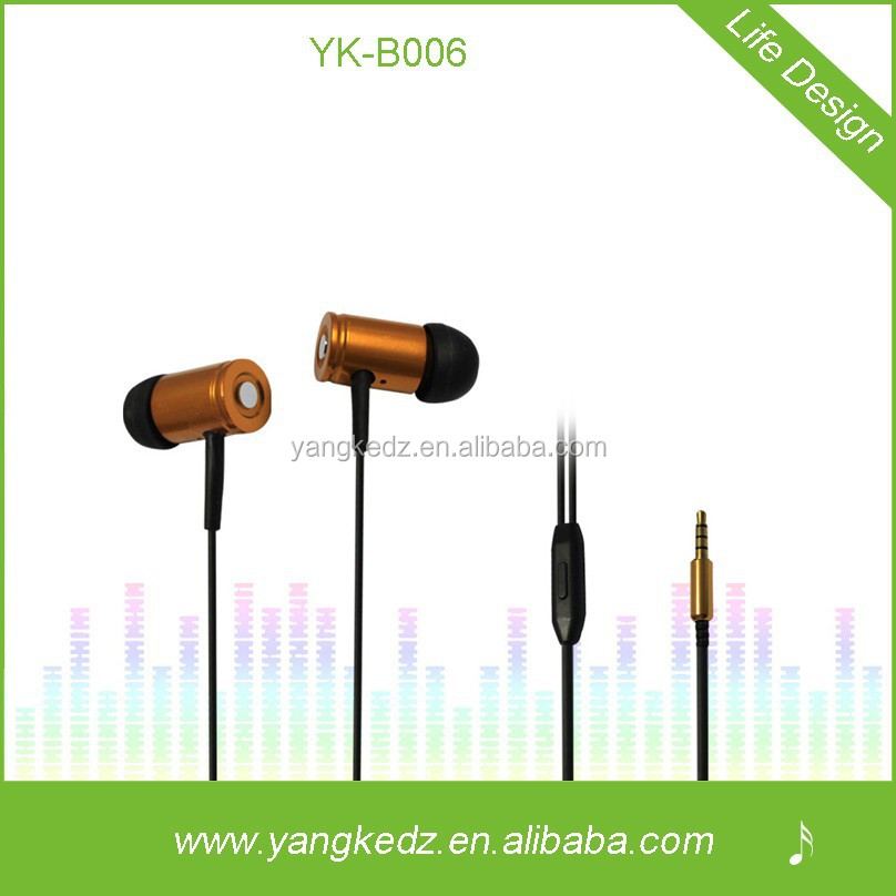 Hot design metal earphone for mobile phone and pc with the factory price
