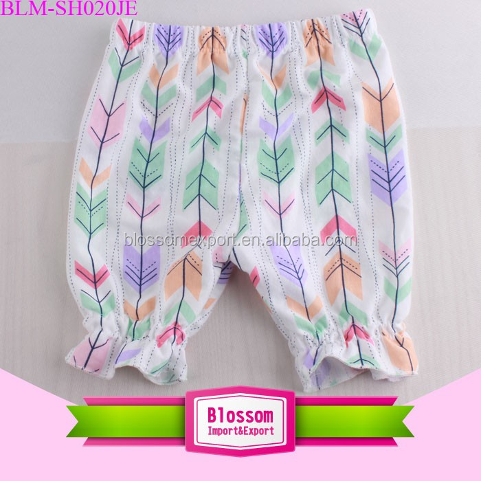 Wholesale Elastic Waist Kids Harem Shorts Toddler Bloomer Cotton Seersucker Baby Bubble Shorts Pants Baby Girl Floral Shorts