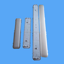 Without any electronic parts metal plate clips diffuser montage set IP65 fluorescent light fixture casing