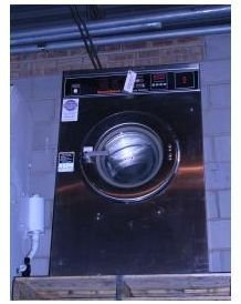 used laundry equipment: Speed Queen 35 LB Washer