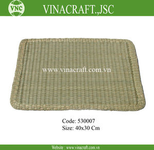 Natural seagrass floor mat