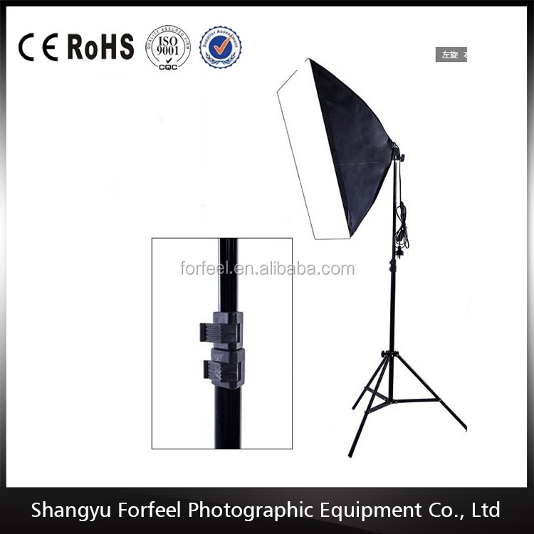 Factory supply New Professional Photographic equipment light stand with telescopic crossbar
