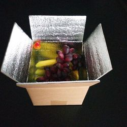 insulated foil corrugated cardboard fruit packaging carton box with clear pvc window for sale