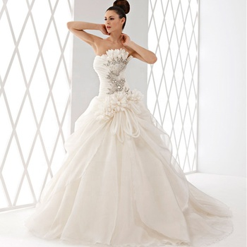 Beaded Bridal Dress Ball Gown Wedding Dresses 2019 Cheap Wedding Gowns with Flowers Africa Bridal Wedding Dress A182