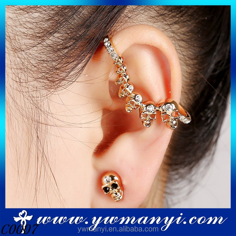 Wholesale latest fashion trends ear clip skull earring C0007