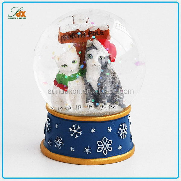 Fashion Latest Electric Christmas Snow Globes / Cat Snow Globe / Animal Snow Globe