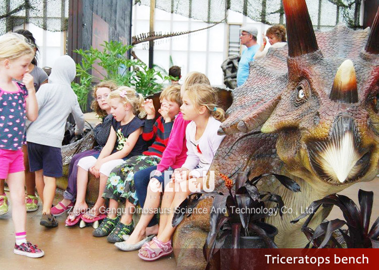 Life-like fiberglass fiber dinosaur products