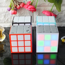 Disco Light Magic Cube Ontwerp Muziek MP3 Lied Versterker N Video 'S <span class=keywords><strong>Cd</strong></span> Draadloze <span class=keywords><strong>Speaker</strong></span>