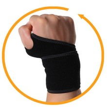 Multifunctional crossfit wrist supports for driver