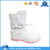 Guangzhou wholesale lastest hollow design winter white leather kids boots girls with bow