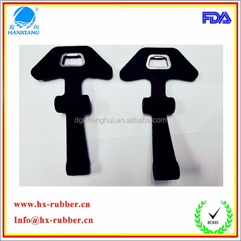 China factory custom rubber flexible draw latch T soft black rubber hood latch with keeper