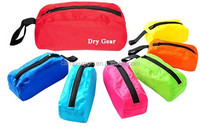 customized simple colorful waterproof ultralight nylon with pu cosmetic bag green red pink color