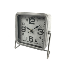 Classic Retro Antique Design European Style Decorative Mantel Metal Table Clock