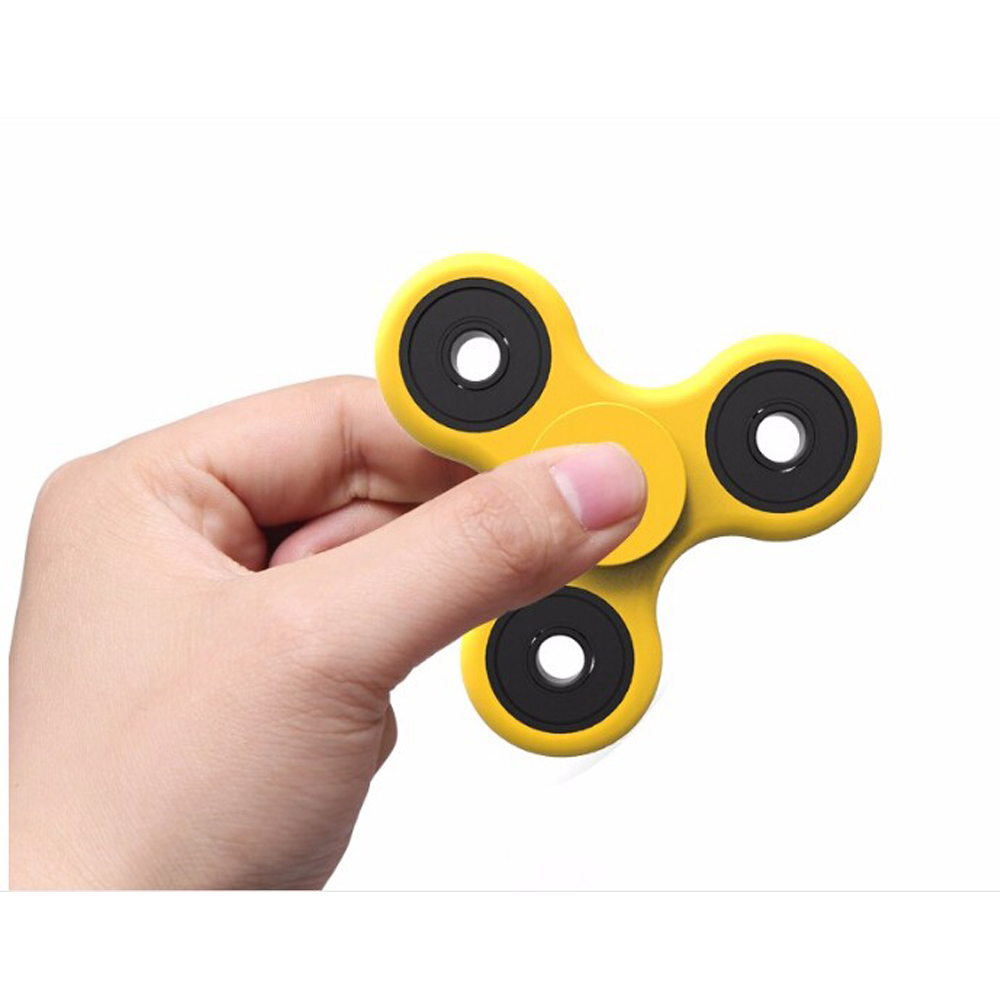 2017 triangle EDC Fingertip gyroscope fidget hand spinner <strong>toy</strong>