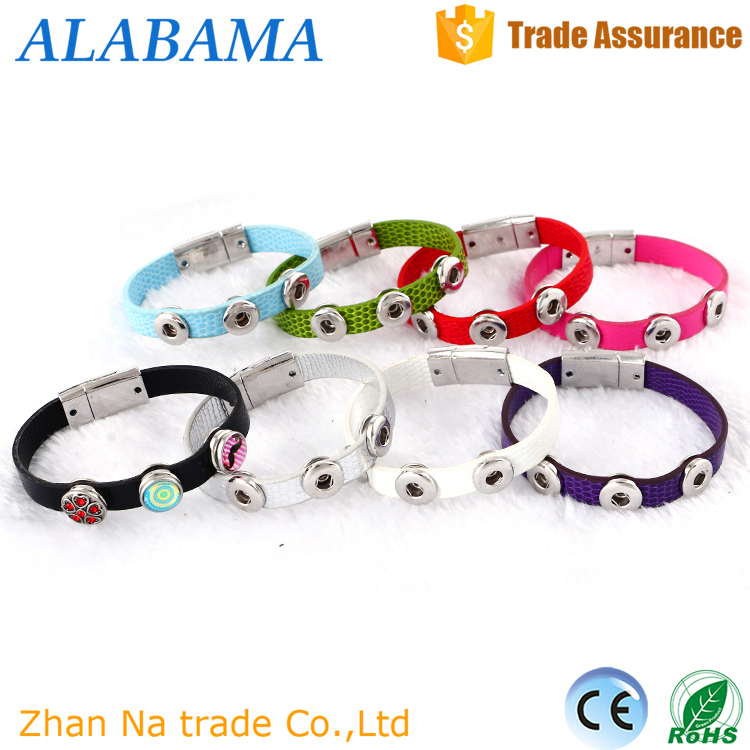 Hot sale charm thin leather bracelet with buttons magnetic bracelet in zhejiang